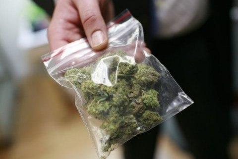 У жителя Голой Пристани дома нашли наркотики
