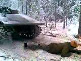 Лесорубы отожгли!!! подбита гусянка! сгорел танкист!