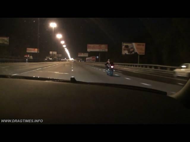 Nissan GTR vs Suzuki Hayabusa (0-300 Kmh)