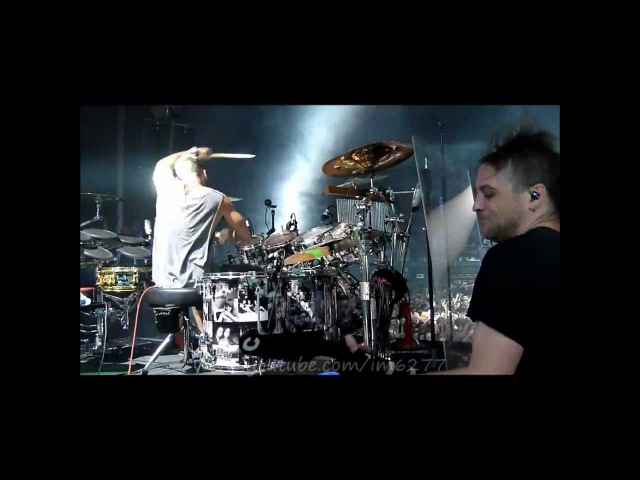 30 Seconds to Mars - Shannon Drumming Pantera before kings queens (HD) @ Zenith Lille