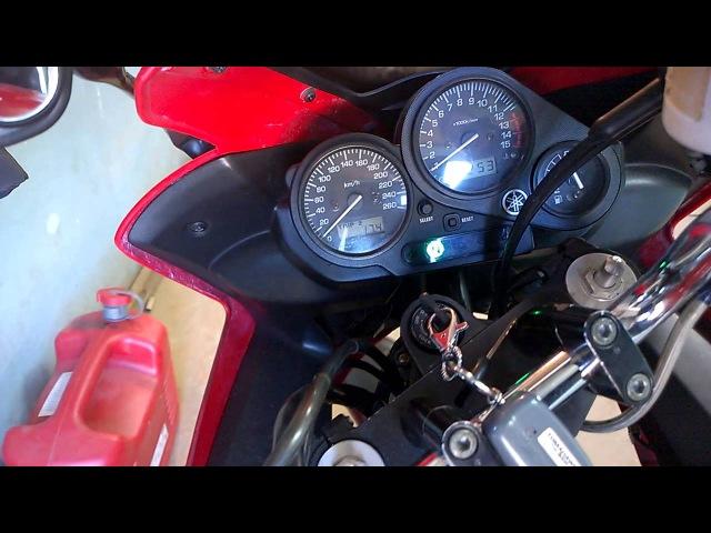 Yamaha FZS600 Проверка давления масла