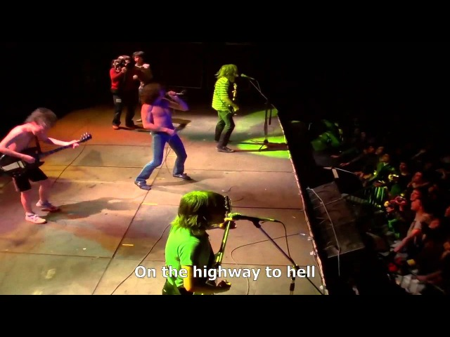 ACDC (Paris 1979) [12]. Highway to Hell