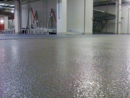 наливной бетонный пол с топпингом