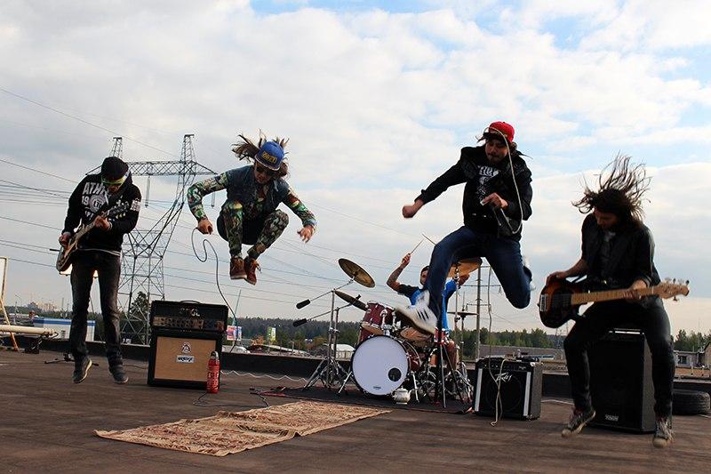 Новый EP Rusty Tea Makers -Jump da Fuck Up