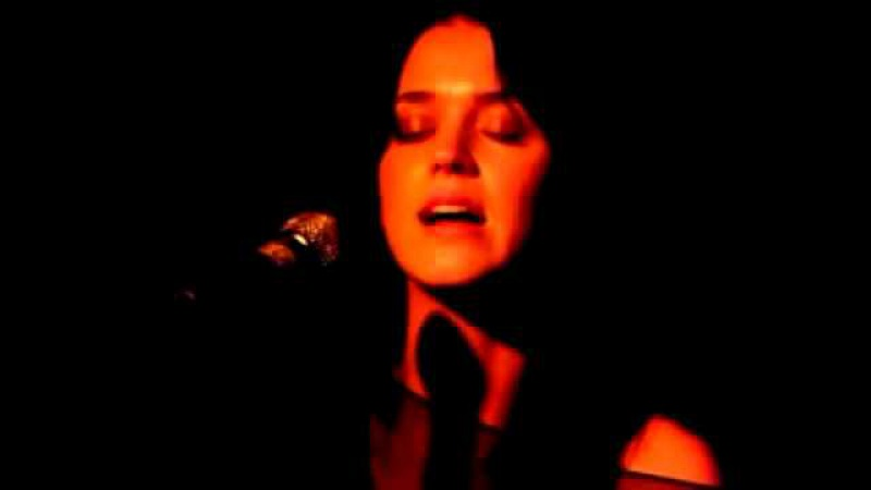 Katy Perry Thinking of You Live @ Hotel Cafe Hollywood, CA