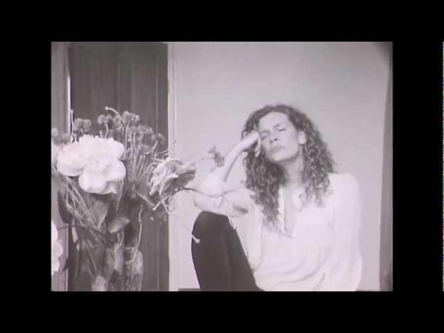 Kirstine Stubbe Teglbjaerg: Drømmenes Lyd (Official video)