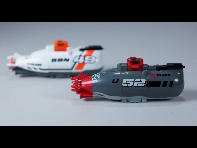 Air Hogs Dive Master Remote Controlled Miniature Submarine