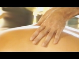Классический массаж спины. Как делать массаж при болях в спине. Classic back massage