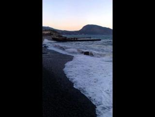 Море, шторм, Крым, Гурзуф, гора медведь 2.