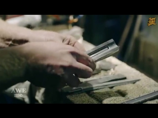 Настоящий скрытый клинок ассасина из Assassins Creed Unity - Man At Arms Reforged - На русском!