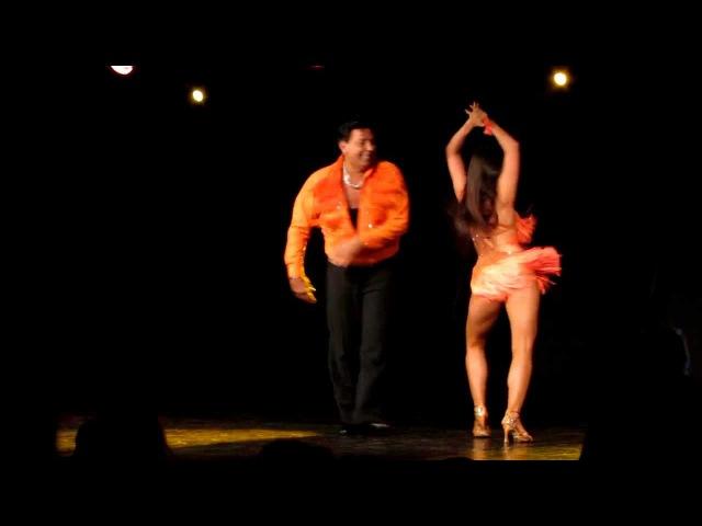 Salsa show Eddie Torres and Shani Talmor at 8 Warsaw Salsa Festival