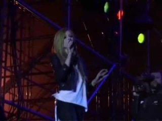 Avril Lavigne - Live @ China Music Valley Festival PART 3 (30.04.2011)
