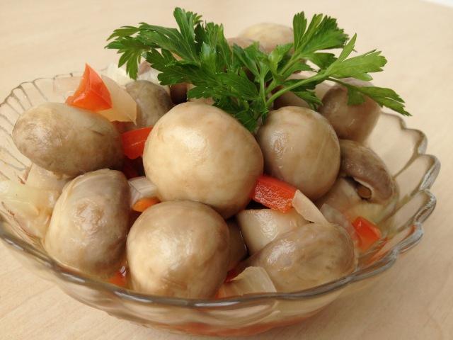 Как Сделать Маринованные Грибы Дома Шампиньоны Очень вкусно Marinated Mushrooms Subtitles