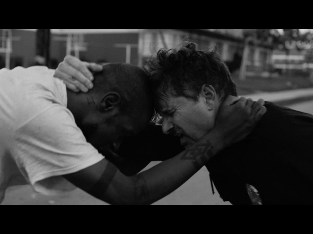 Run the Jewels - Close Your Eyes (And Count to Fuck) (feat. Zack de la Rocha) (2015)