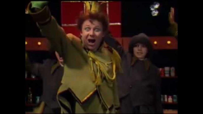 Долой огуречного короля - Песенка Куми-Ори: ура! мыру - мыр! сладкая картошка! мы у вас погостим совсем немножко. а сё? нисиво!