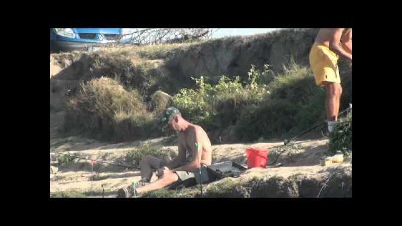 Pescuit caras pe bratul Sfintu Gheorghe Balteni Tulcea Delta Dunarii 2012