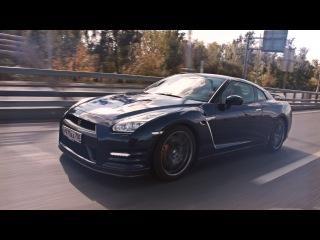 Nissan GT-R, прыжок с парашютом и Газманов. Привет Тачка!