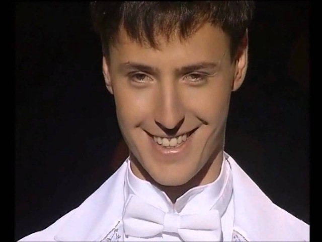 Smile!-Vitas-【Songs of My Mother】Russian English subs