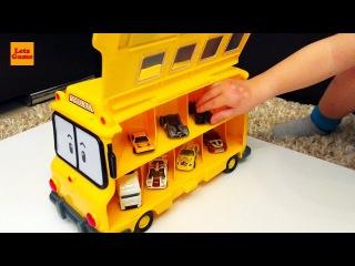 Мальчик Распаковывает Игрушки - Машинка Школьный Автобус Robocar Poli 4K Ultra HD