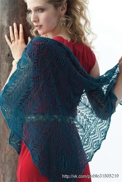 Треугольная кружевная шаль