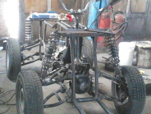 самодельный квадроцикл.