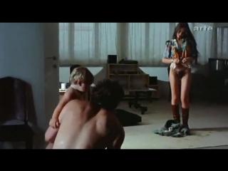 Порно кадры с участием орнелла мути