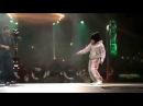 Маленькая девочка танцует брейк данс / Little girl dancing breakdance