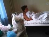 Ахах парень после наркоза!!! Где моя рука !Ahah guy after anesthesia !!