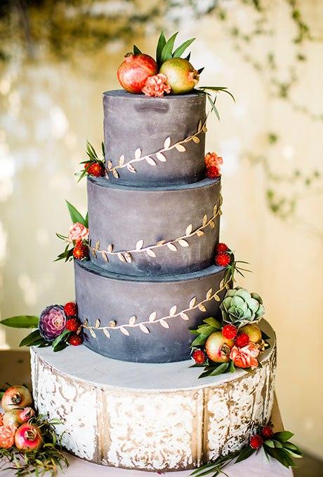 JePkCmD3ipI - Темный свадебный торт (20 фото)