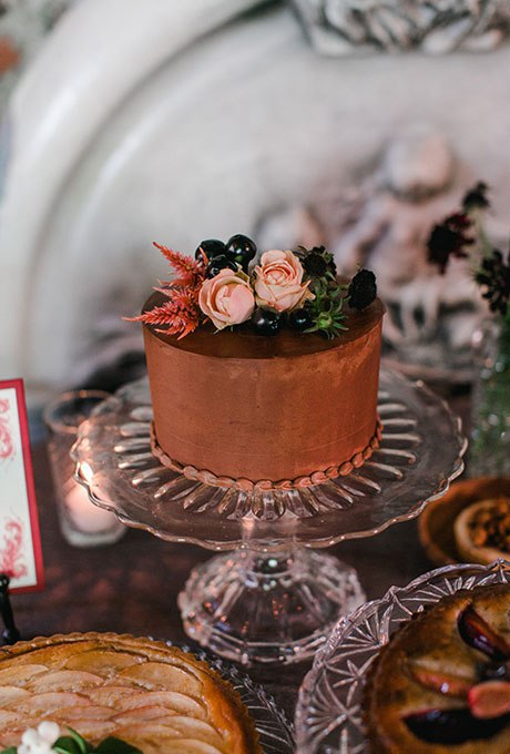 dXvK Q7O6vo - Темный свадебный торт (20 фото)