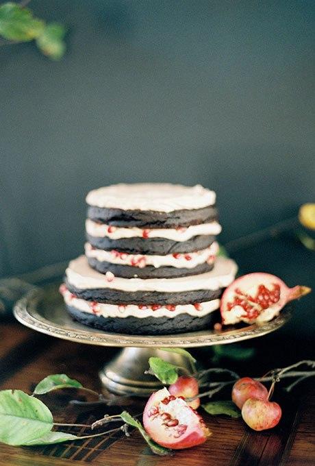 baWDQe7ksW0 - Темный свадебный торт (20 фото)