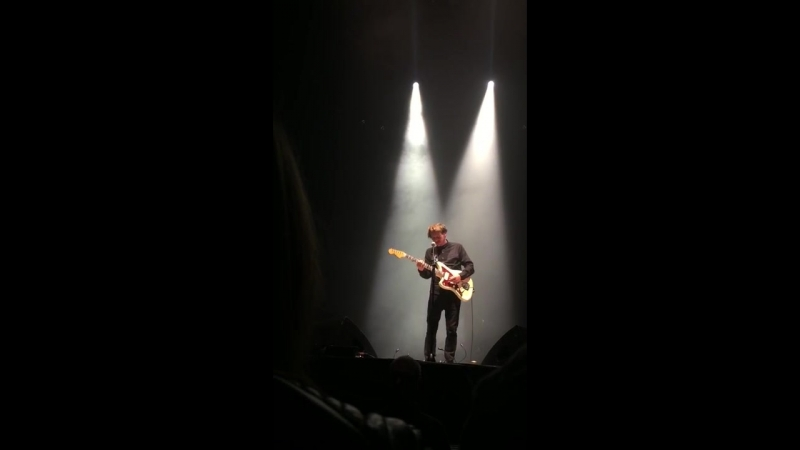 Ben Howard — Old Pine (Live @ «I Forget Where We Were Tour»: «Alexandra Palace»)