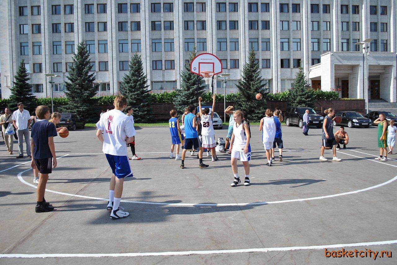 Уличный баскетбол 3Х3.29 августа. ЧАСТЬ 1.