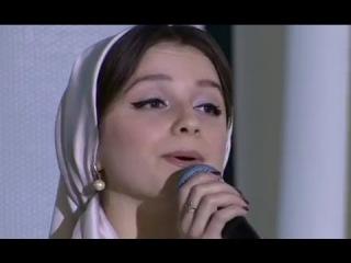 ЧЕЧЕНСКАЯ КРАСАВИЦА...АЙНА ИСАЕВА и Хизар Ульбиев Сен йола йогIу 2017г