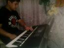 Наиграл и спел на синтезаторе. Фактор 2- одинокая звезда