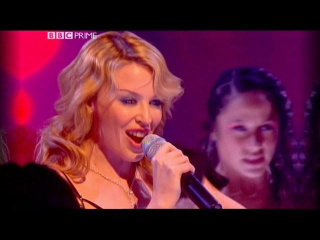 Kylie Minogue - Red Blooded Woman (Live Top Of The Pops 20-02-2004)