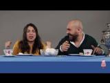 Итальянцы пробуют русские сладости -  Italiani provano dolci russi