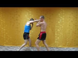 Тайский бокс на улице. Приемы от прямого удара