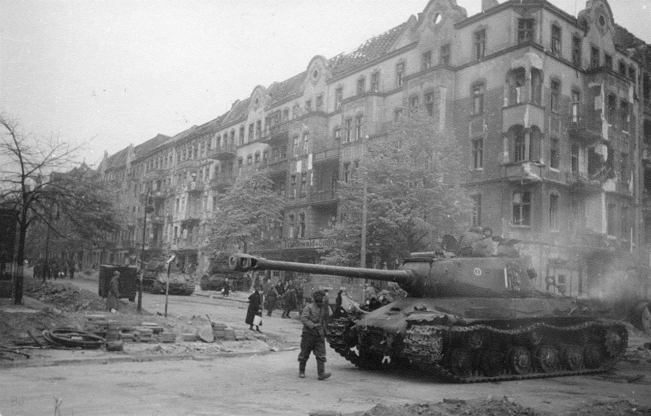 ИС-2, Германия '45 г.
