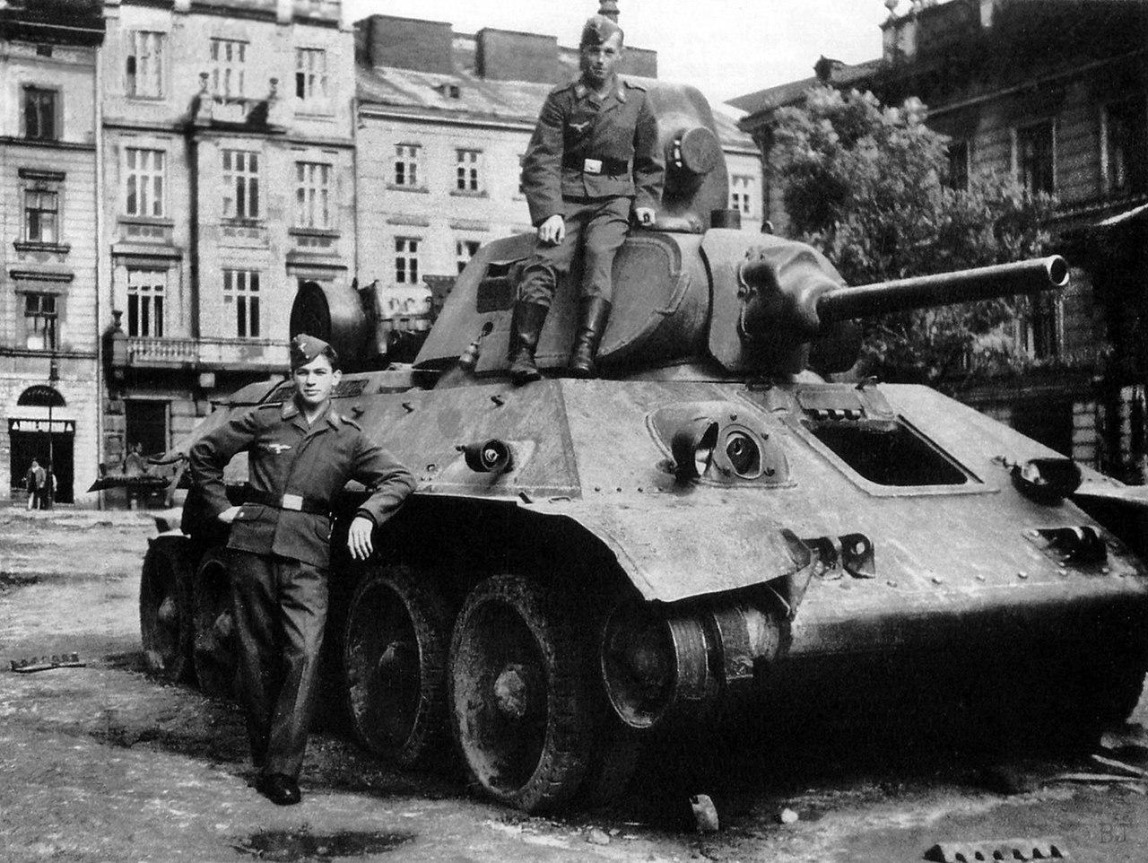 Трофейный Т-34-76 образца 1940 года 4-го механизированного корпуса (1-го формирования), УССР '41 г.