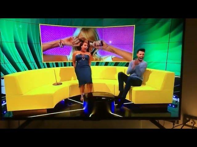 Латиша Грейс / Latisha Grace / Платье расстегнулось на попе во время тверка в прямом эфире