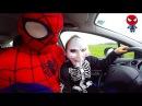 ⏏ Человек-Паук едет на машине | Скелет Хулиган Халк Черная Маска Инопланетянин | Видео для детей
