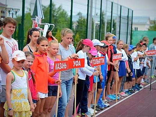 В Альметьевске стартовал всероссийский теннисный турнир на кубок главы района