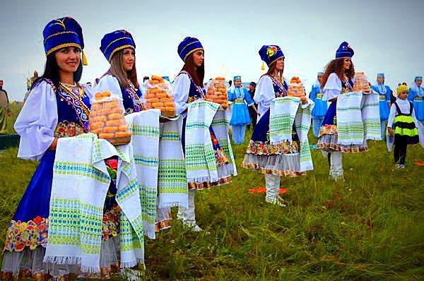В Азнакаево на горе Чатыр-тау пройдет международный фольклорный фестиваль