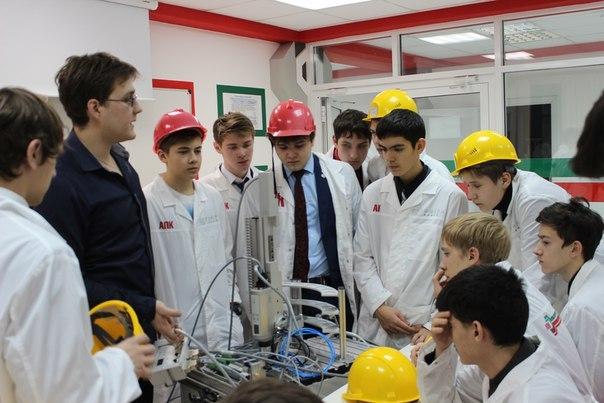 В Альметьевске первые 38 выпускников «Колледжа будущего Татарстана» получили дипломы