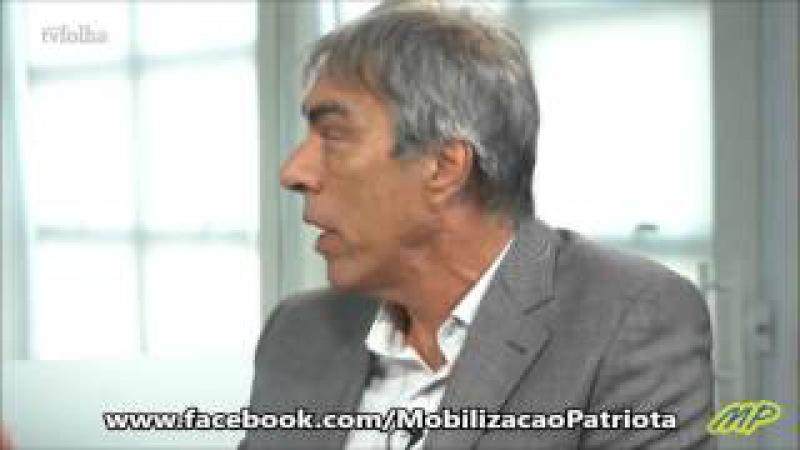 'Chefe' do MTST tenta defender Dilma falando em 'golpe' e é 'calado' por Magnoli doutor e