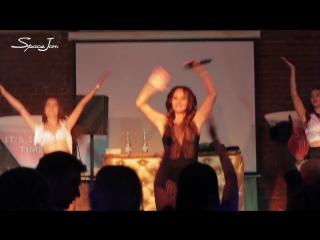 Саша Зверева - концерт в клубе Space Jam