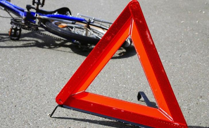 Недалеко от Таганрога велосипедист угодил под «ВАЗ-21074»