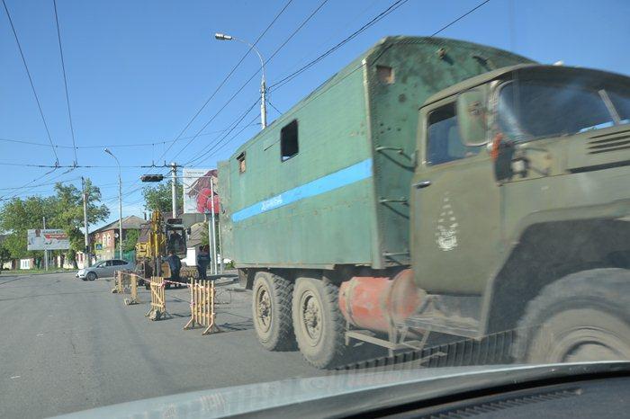 В Таганроге на 9 дней полностью перекрыли улицу Дзержинского