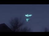 То ли сверхсекретная суперновейшая боевая техника Штатов или России, то ли пришельцы...По-любому,это #UFO#НЛО!